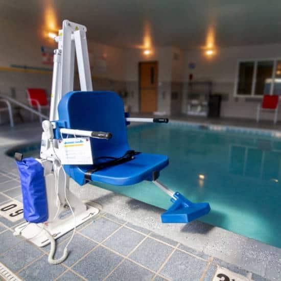 Aqua Creek Admiral swimming pool lift